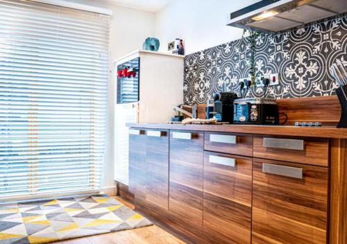 Sheffield Luxury Studio.. Your Home Away From Home... City Centre.. Sleeps 3