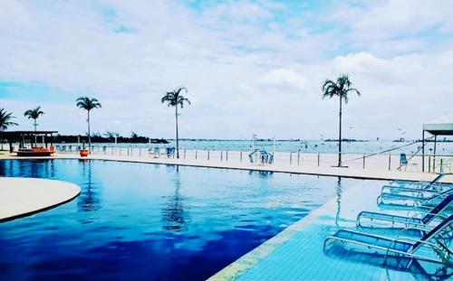 The swimming pool at or close to O paraíso é aqui - Golden Lake