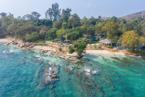 A bird's-eye view of Sai Kaew Beach Resort