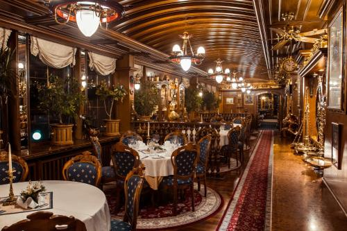 A restaurant or other place to eat at Admiral Botel