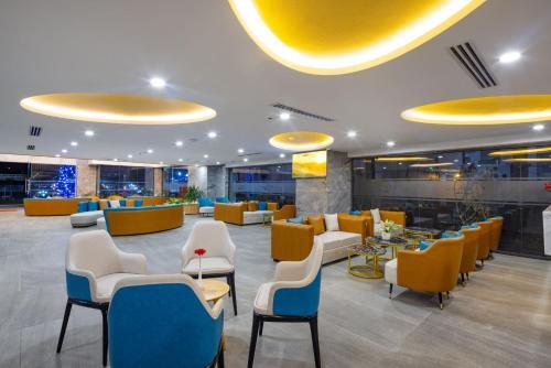 Xavia Hotelにあるレストランまたは飲食店