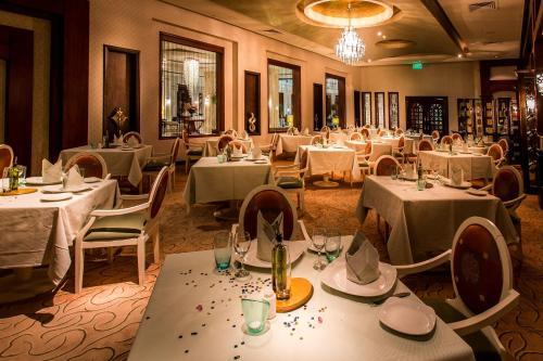 Ресторан / где поесть в Premier Le Reve Hotel & Spa, Sahl Hasheesh - Adults Only