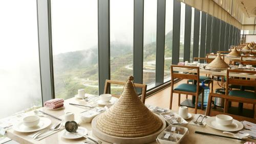 A restaurant or other place to eat at Grand Ion Delemen Hotel