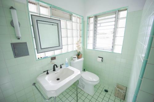 A bathroom at Hilltop Legacy Vacation Rental