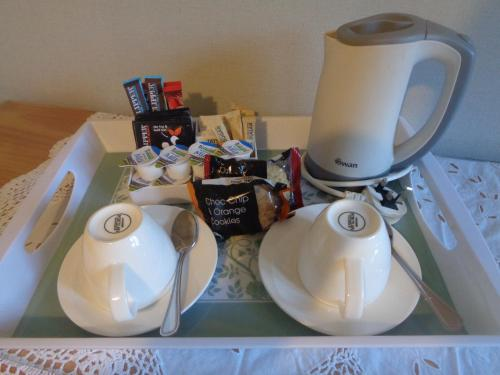 Coffee and tea-making facilities at Dromard Guest Accommodation