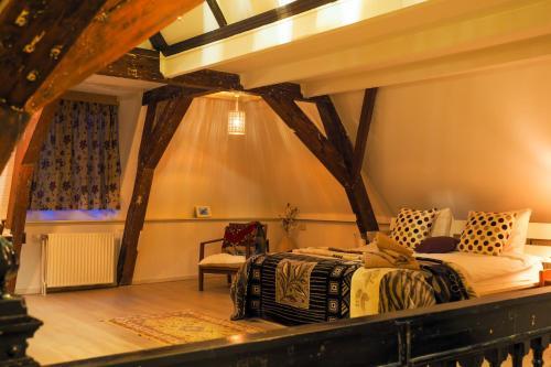 Een bed of bedden in een kamer bij Zala's B&B