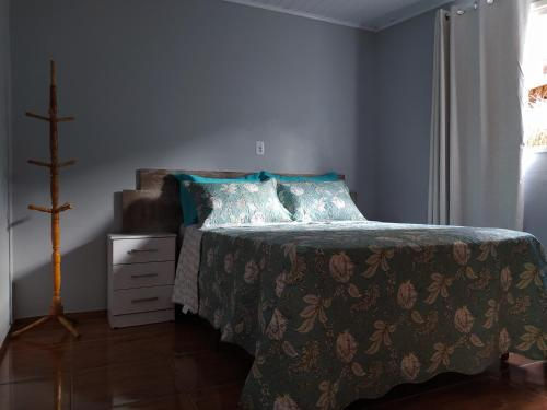 A bed or beds in a room at House Holdorf