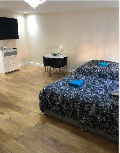 LUXE ROOM Rusholme WITH PRIVATE BATHROOM