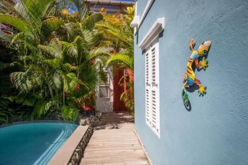 A piscina localizada em Kas di Laman Curaçao ou nos arredores