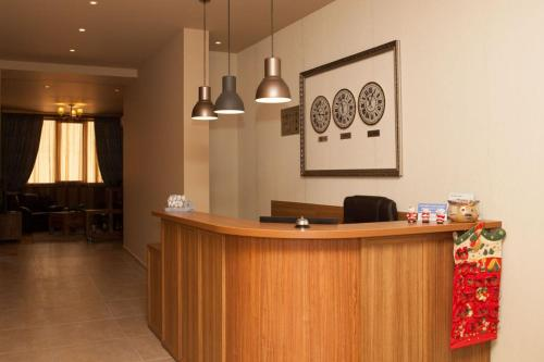 The lobby or reception area at Hotel Motto