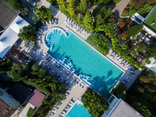 A view of the pool at Abano Grand Hotel or nearby