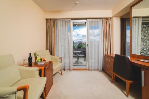 Prostor za sedenje u objektu Hotel Podgorica