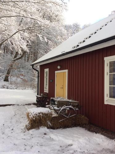Prostens Bed & Breakfast during the winter