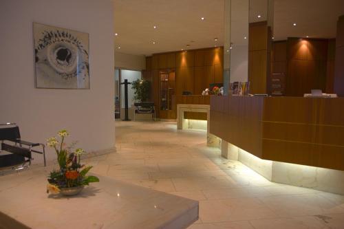 Lobby/Rezeption in der Unterkunft Dom-Hotel