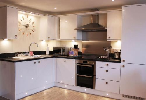 Basingstoke - Luxury 1 bedroom apartment