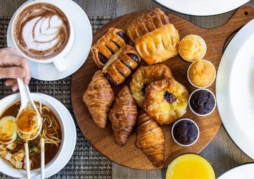 Opciones de desayuno disponibles en Holiday Inn Singapore Atrium, an IHG hotel
