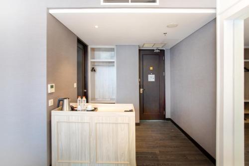 A bathroom at Hotel Des Indes