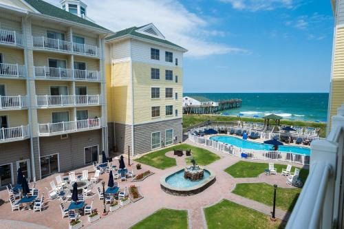 A view of the pool at Hilton Garden Inn Outer Banks/Kitty Hawk or nearby