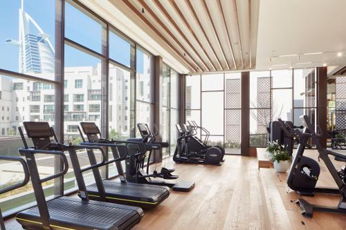The fitness center and/or fitness facilities at Jumeirah Al Naseem