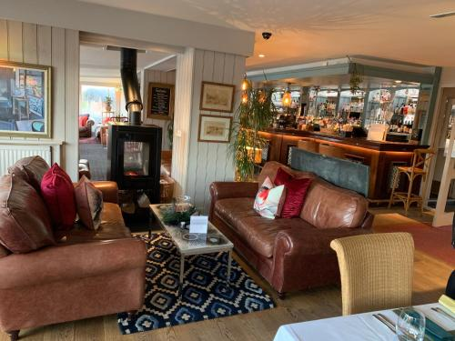 The lounge or bar area at Hotel Wroxham
