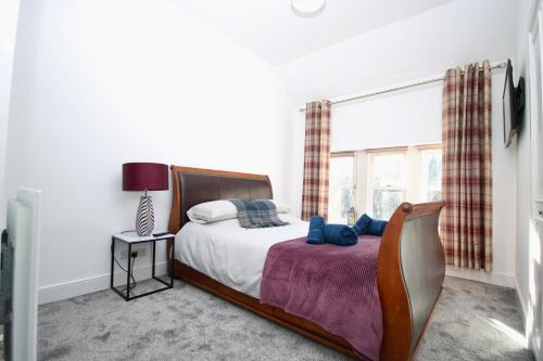 Historic Luxury - 2Bed & 2Bath Apartment-Free Parking & WiFi
