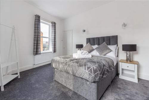 Quirky and Stylish 3 Bed in Worcester