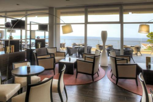A restaurant or other place to eat at Vitality Hotel Punta