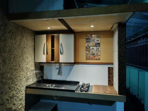 A cozinha ou cozinha compacta de Suite Marechal