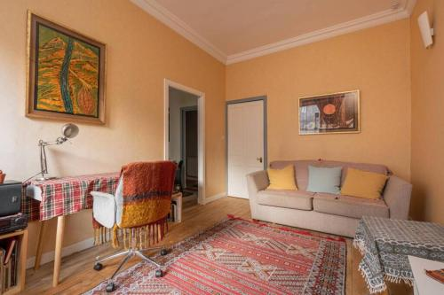 Amazing 1 Bed Flat in the Historic Old Town