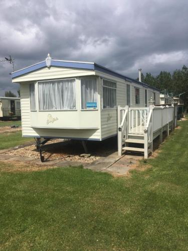 Caravans for rent in chapel st leonards