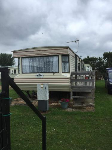 Caravan for Rent Golden Palm Chapel st Leonards 6berth