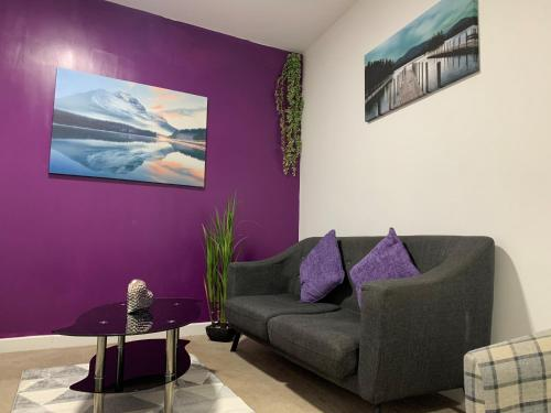 Modern 2 Bed apartment in with en-suite