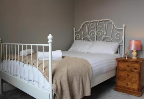 BEAUTIFUL PERIOD FLAT 3 BED NEAR To NEWCASTLE CITY CENTRE