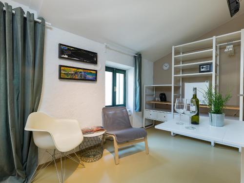 A seating area at Tre Porte Rovinj