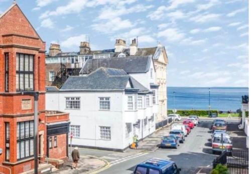 Apartment Brite - Beautiful bright apartment sleeps 5 - Side sea views - With Parking