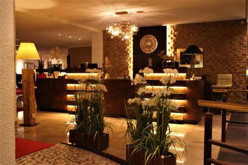 A restaurant or other place to eat at Hotel Tanne