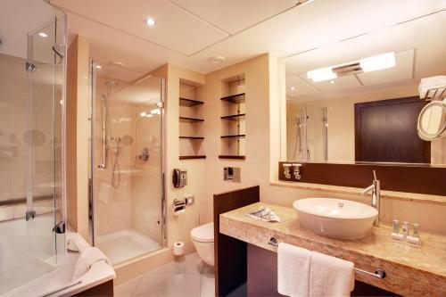 A bathroom at Crowne Plaza Bratislava, an IHG Hotel
