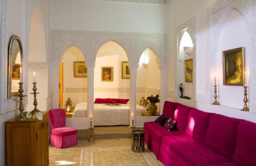 A seating area at Riad Jnane d'Ô