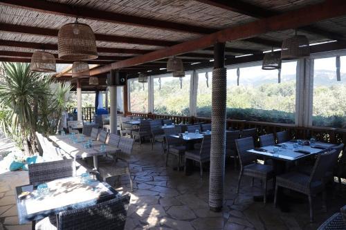 Restaurant ou autre lieu de restauration dans l'établissement Residence Fium Del Cavo