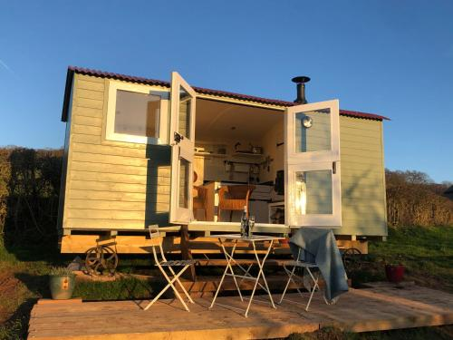 Stylish Shepherd�s hut