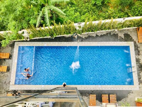 Вид на бассейн в Nesta Phu Quoc Hotel или окрестностях
