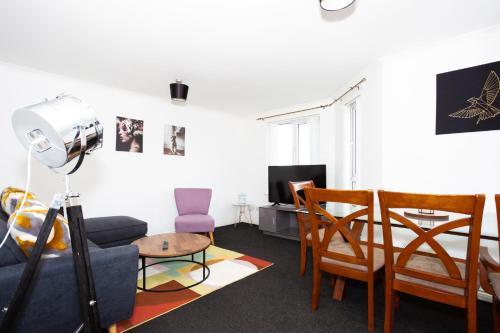 Burte View Spacious Apartment For Travelers And Keyworkers For 4 People By Dream Key Solution
