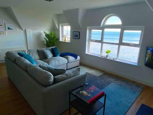 Island Dhu View - Seaside Penthouse in Portrush