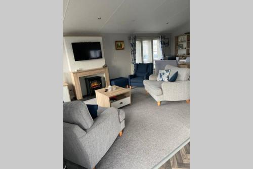 2 Bedroom Lodge on Dovercourt Holiday Park