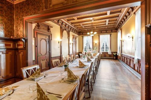 En restaurant eller et spisested på Hald Sommerhotell