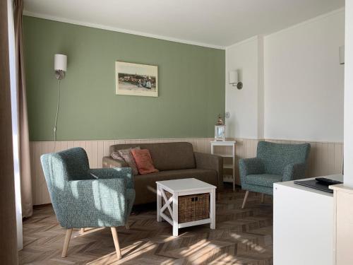 Een zitgedeelte bij Les Maisons Domburg