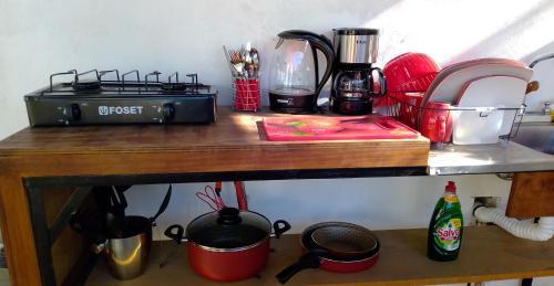 """Una cocina o zona de cocina en Casa """"La Huerta """"Habitación Privada con alberca"""
