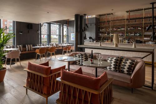 The lounge or bar area at Zanzibar Locke