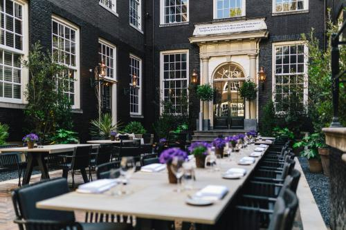 A restaurant or other place to eat at The Dylan Amsterdam
