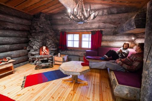 A seating area at Kakslauttanen Arctic Resort - Igloos and Chalets
